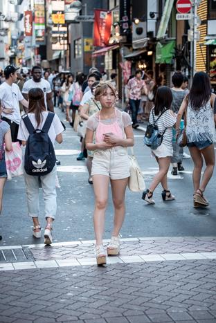 http://www.davideconventi.com/files/gimgs/119_shibuya2-4505.jpg