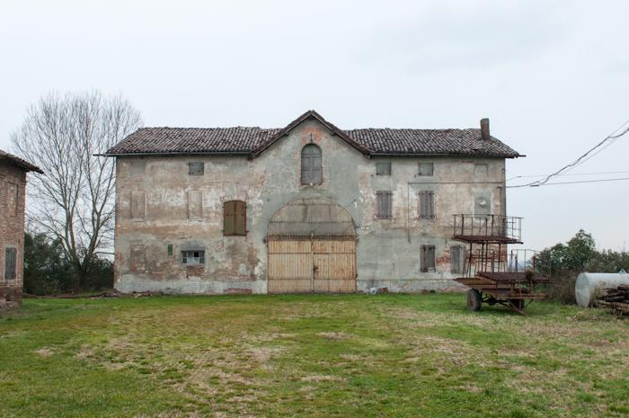 http://www.davideconventi.com/files/gimgs/66_05-la-villa.jpg